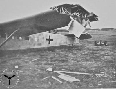 Eine DFS 230 nach einem Unfall in Eschborn