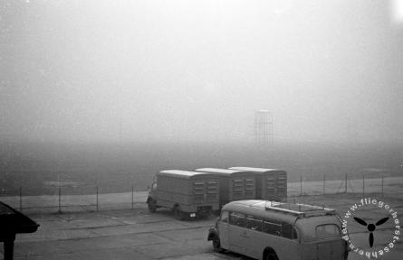 Postbus auf dem Gelände der Funkstelle Eschborn